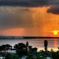 Dawn Rainshowers Over St. Petersburg, Галфпорт