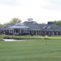Silverthorn Country Club (clubhouse), Гасьенда-Виллидж