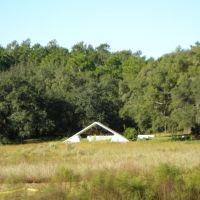 Chapel across the pond, Есто