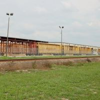 Center Beam Flat Cars set out at a CSX Transportation customer at Winter Haven, FL, Инвуд