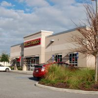 Wells Fargo Bank at Auburndale, FL, Инвуд