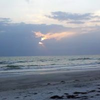 Sunset over Gulf of Mexico at Indian Rock Beach, Florida, Индиан-Рокс-Бич