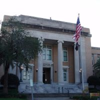 Pinellas County courthouse, built in 1917 side wings added in 1924, Clearwater (4-9-2011), Клирватер