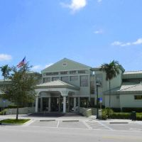 Oakland Park City Hall, Florida, Лейзи-Лейк