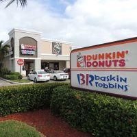 (22-11-2013) Dunkin Donuts in Lake Ridge - Ft. Lauderdale, Лейзи-Лейк