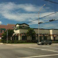 West 16 Avenida y 27 Street, Hialeah, Медли