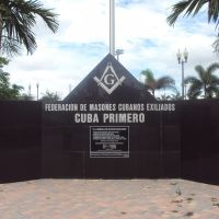 Federation of Exiled Cuban Masons monument at James S Walker park, Медли