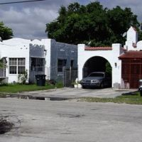 Old Homes in North Miami, Норт-Майами