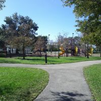 Playground at royal palm park, Норт-Эндрюс-Гарденс