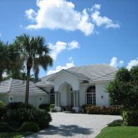 2090 Imperial Circle & Imperial Golf Course properties @ www.BuyUpNaples.com, Палм-Ривер