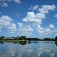 Imperial Golf Course Blvd & lake front property at www.BuyUpNaples.com, Палм-Ривер
