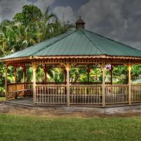 Gazebo - Pembroke Pines - Taft and Palm, Пемброк-Пайнс