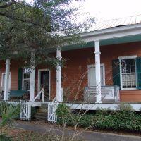 1885 Cincotto Cottage, Creole Cottage, Seville Quarter (12-30-2011), Пенсакола