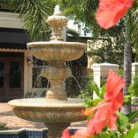 Herald Court Fountain, Пунта-Горда