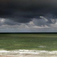 Clouds over gulf, Редингтон-Бич
