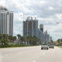 Collins Avenue - Sunny Isles Beach, FL, Санни-Айлс