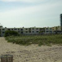 Best Western Oceanfront Resort (View from the Beach), Сарфсайд