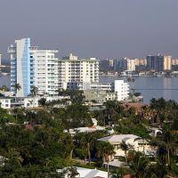 Miami Harbour, Сарфсайд