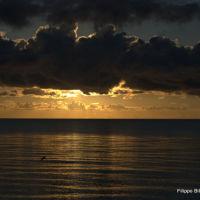 F.B.El sol juega con las nubes., Сарфсайд