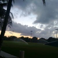 field-sprinklers-dusk, Саут-Майами