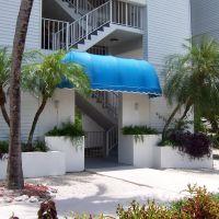 Ocean Pointe Suites Condo [2], Тавернир