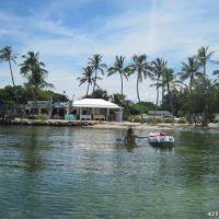 Beach Resort in Florida Keys, Тавернир