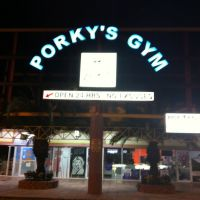 Porkys Gym, Тамайами