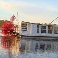 Sternwheeler @ Tedders Fish Camp, Тик