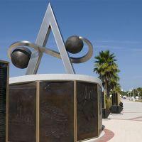 US Space Walk of Fame Apollo Monument, Titusville, Florida, USA, Титусвилл