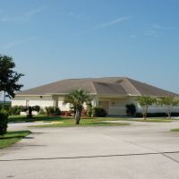 Kingdom Hall of Jehovahs Witnesses, Passion Play Road, Lake Wales, FL, Хайленд-Парк
