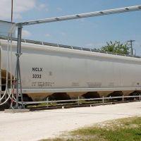 Nova Chemicals Ltd. Covered Hopper No. 3232 at Winter Haven, FL, Элоис