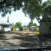 Acres Mobile Home Community Entrance, Эль-Портал