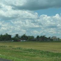 Farm off Old U.S. 16, Ватертаун