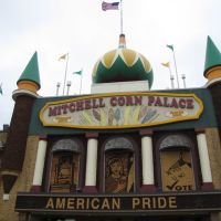 Mitchell Corn Palace, Митчелл