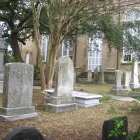 a churchyard in Charleston, Джеймс-Айленд
