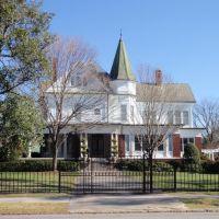 Grand Old House, Клинтон
