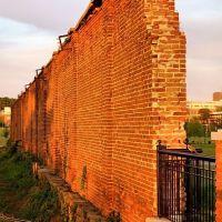 Prison Walls, Колумбиа