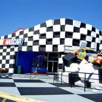 NASCAR Cafe, Хемингуэй