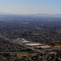 NW view - this is 1/10 of the Salt Lake valley. Far back are Stansbury and Antelope islands in Great Salt Lake. Downtown is at right and in front is I-215  east bound. - Enlarge please, Маунт-Олимпус