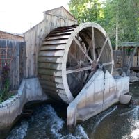The Old Mill Wheel, Нефи