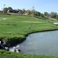Mulligans Golf Course, Санди