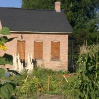 Historic home and community garden in Holladay, UT., Холладей
