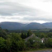 Panorama of the Cairngorm Mountains from Aviemore Railway Station, Авимор
