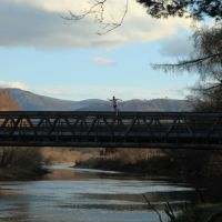 Bridge over River Spey, from near the Old Bridge Inn., Авимор