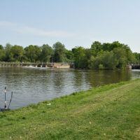Thames River Walk (2011-05) - View to Abingdon Lock, Абингдон