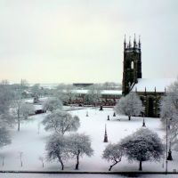 Snow Returns to St Peters, Ashton Under Lyne, Lancashire, England. UK, Аштон-андер-Лин
