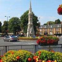 Banbury Town Cross built c1859 to replace an earlier town cross., Банбери