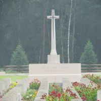 Brookwood War Cemetery, Басингсток
