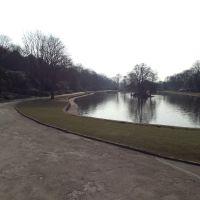 Wilton Park, Батли