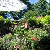 A Bedford  Garden, Бедфорд